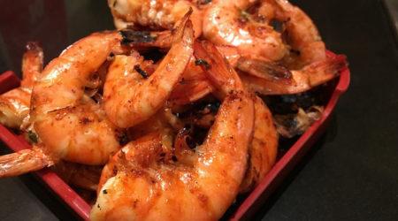 recette crevettes à l'ail grillées au barbecue