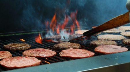 Quelle quantité de viande par personne faut-il pour un barbecue ?